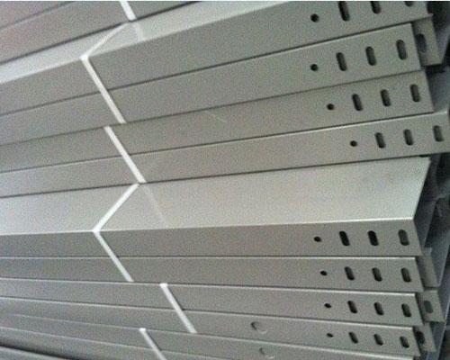 朝阳槽式桥架
