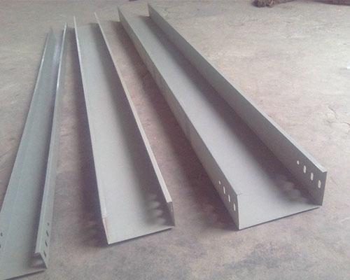 钢制槽式电缆桥
